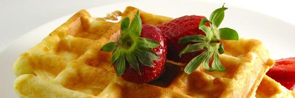 waffles & strawberries